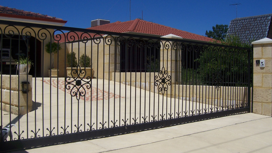 Tips To Maintain Your Automatic Electronic Gates Conveniently