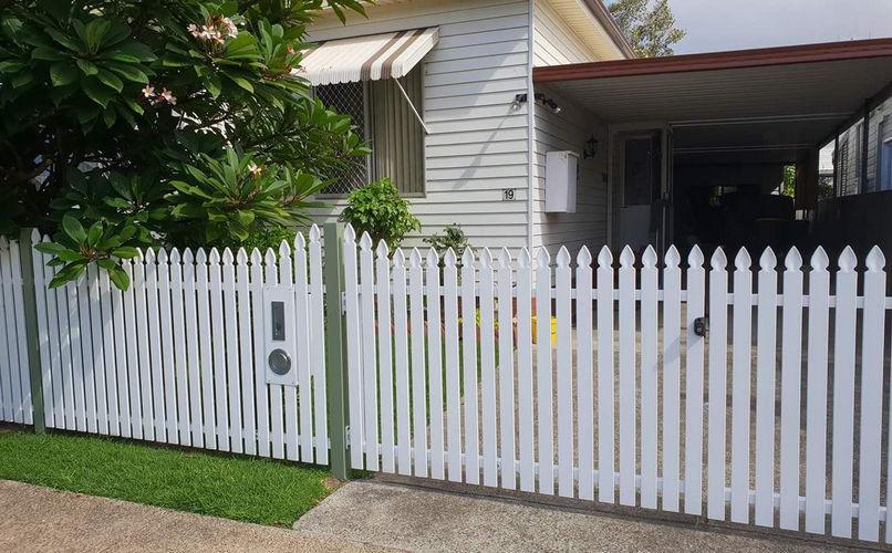 Aluminium Picket fencing perth